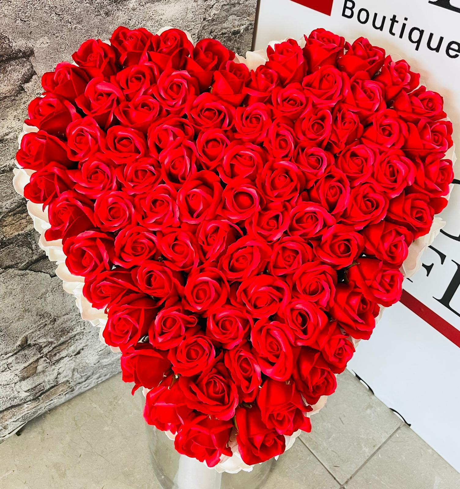 ורדים ענק 900